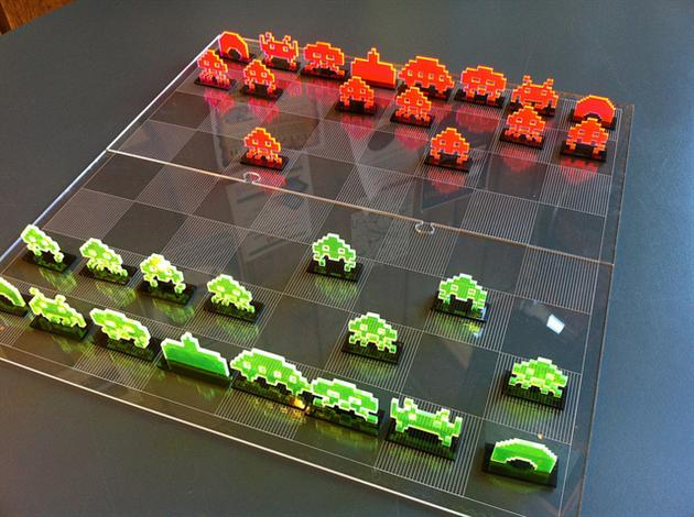 Space Invaders Chess Set 3 Xadrez  Space Invaders