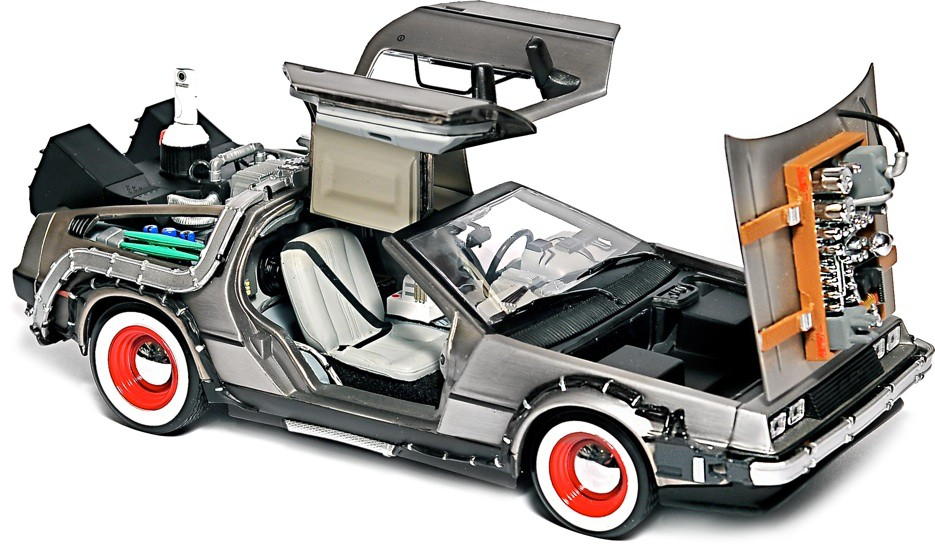 DeLorean com 640GB